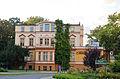 Al. Niepodległości, budynek nr 36, widok z ronda.jpg