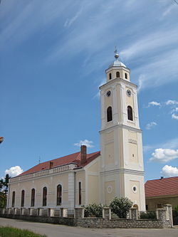 Alesd - reformed church.jpg