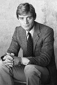 Anthony Andrews 81 Allan Warren.jpg