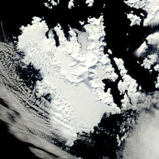 Anvers Island high, mountainous island 61 km (38 miles) long, outside Antarctica