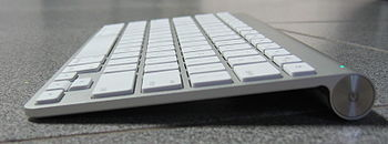 Apple Wireless Keyboard - second generation, a...
