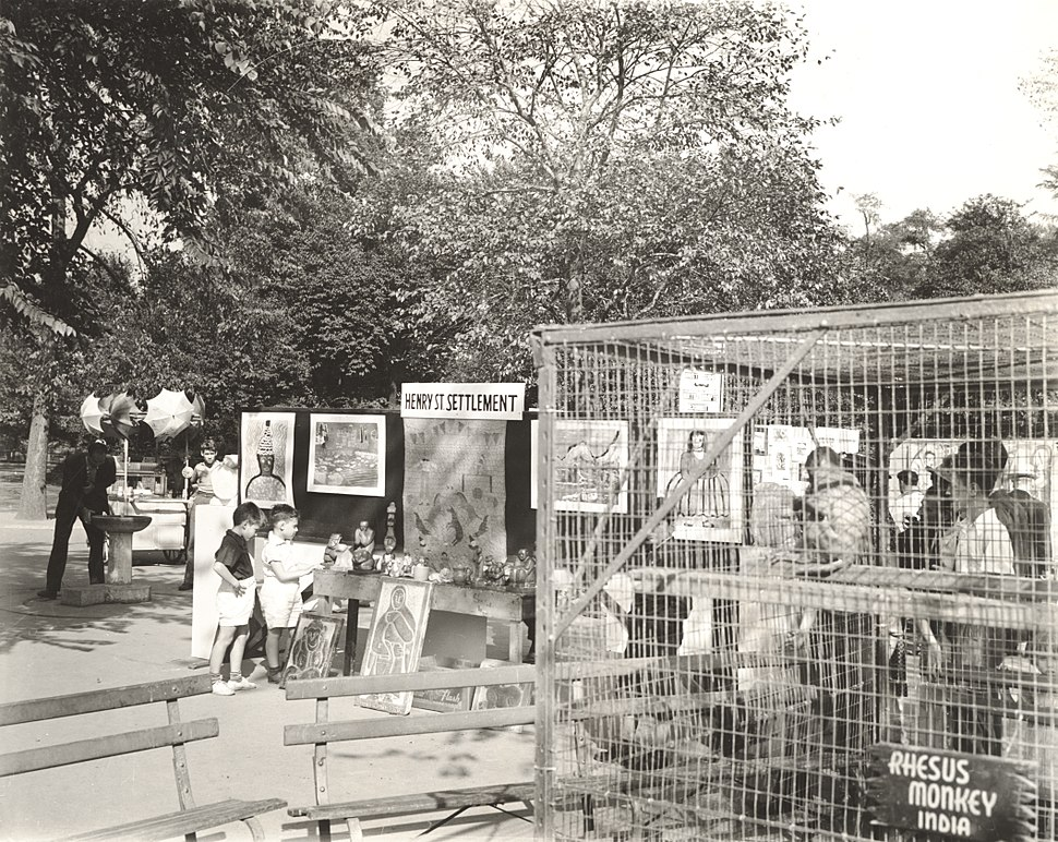 Archives of American Art - Federal Art Project%27s Children%27s festival in Central Park - 12046