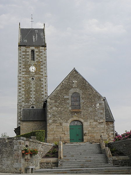 Église Saint-Pierre d'Argouges (50). Façade occidentale.