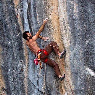 Artimes Farshad Yeganeh Iraninan rock climber
