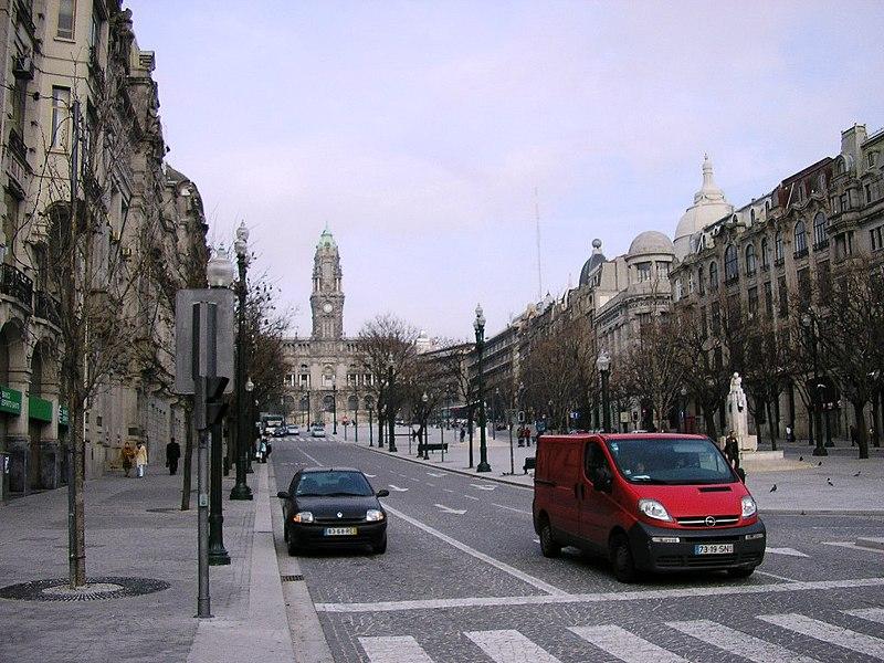 Imagem:Av Aliados (Porto).JPG