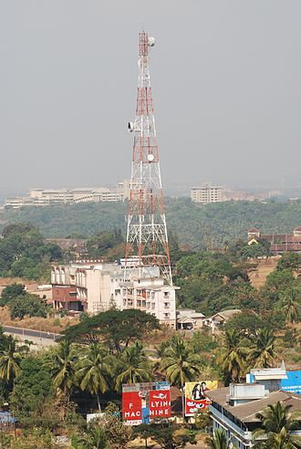 Telecommunications in India - Image: BSNL Microwave Tower Mangalore 0210
