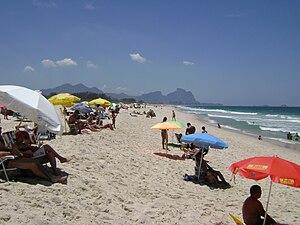 Português: Praia na Barra da Tijuca, na cidade...