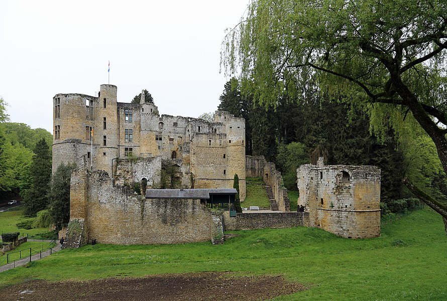 Beaufort (Grand Duchy of Luxembourg): ruins of the castle