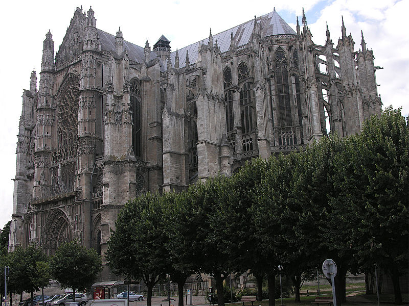 http://upload.wikimedia.org/wikipedia/commons/thumb/d/d7/Beauvais_Cathedral_SE_exterior.jpg/800px-Beauvais_Cathedral_SE_exterior.jpg