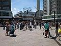 Berlin, Alexanderplatz nach O 2014-07.jpg