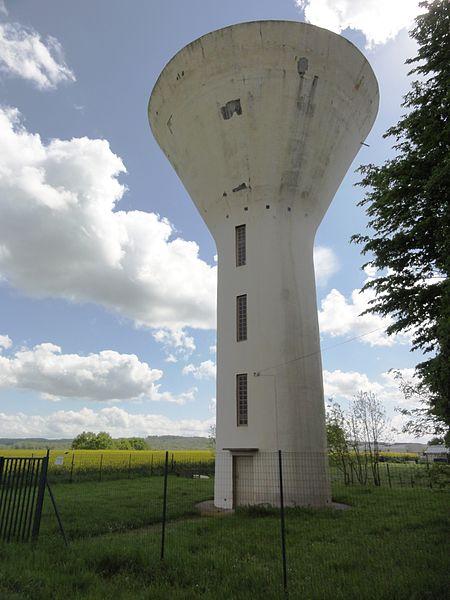 Bertaucourt-Epourdon (Aisne) château-d'eau