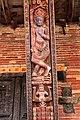 Bhaktapur-Yaksheshvara-130-erotische Schnitzerei-gje.jpg