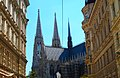 Blick durch die Ferstelgasse auf die Votivkirche - panoramio.jpg