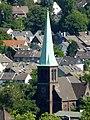 Blick vom Gasometer Oberhausen auf die Ev. Auferstehungskirche Oberhausen-Osterfeld - panoramio.jpg