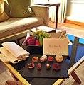 Boas vindas aqui no Hotel Four Seasons de Milão (25837135376).jpg