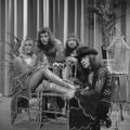 Bonnie St. Claire & Unit Gloria - TopPop 1974 4.png