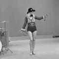 Bonnie St. Claire - TopPop 1974 03.png