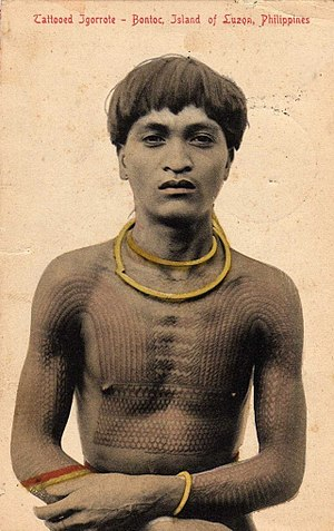 History of tattooing - 1908 photo of a Filipino Bontoc warrior bearing a Head hunters 'Chaklag' Tattoo