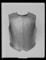 Bröstharnesk, karolinsk typ - Livrustkammaren - 19399.tif