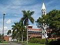 Brasilia DF Brasil - Seminário Arquidiocesano Rendenptoris Mater - panoramio.jpg