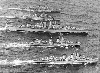 Lobster War - Image: Brazilian cruiser Tamandaré (C12) underway with destroyers during the 1961 Lobster War