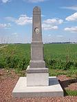 Brebières (62 )-Monument Capitaine MADIOT.JPG