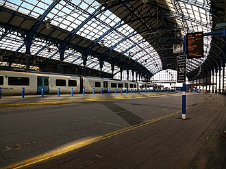 Brighton railway station - View from platform 8, looking westward towards platform one.
