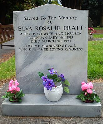 Anthony E. Pratt - Elva Pratt's grave at Bromsgrove cemetery, Worcestershire