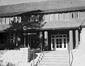 Bryce Canyon Lodge - Image: Bryce Canyon Lodge 157602pv