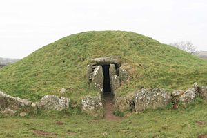 History of Wales - Bryn Celli Ddu, a late Neolithic chambered tomb on Anglesey
