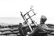 Bundesarchiv Bild 101I-028-1632-13, Frankreich, Küstenschutz mit Flak-MG