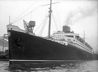 """SS Europa (1928) - Image: Bundesarchiv Bild 102 09251, Hamburg, Probefahrt der """"Europa"""""""