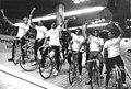 Bundesarchiv Bild 183-1988-1210-032, DDR-Bahnradfahrer.jpg
