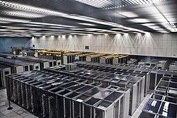 CERN Server 03.jpg