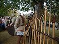 Camp médiéval Châteaugiron armes.JPG