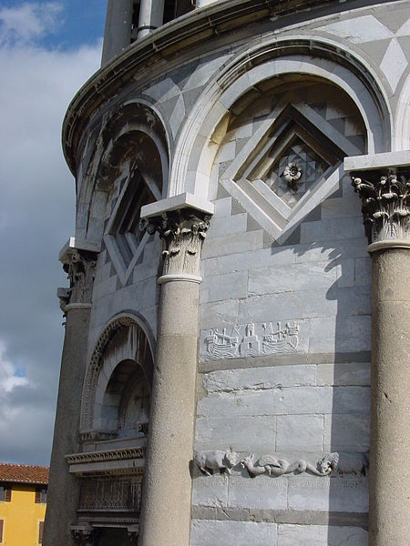 Datei:Campanile pendente Pisa 100.JPG