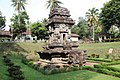 Candi Sawentar (Sawentar Temple) - panoramio.jpg