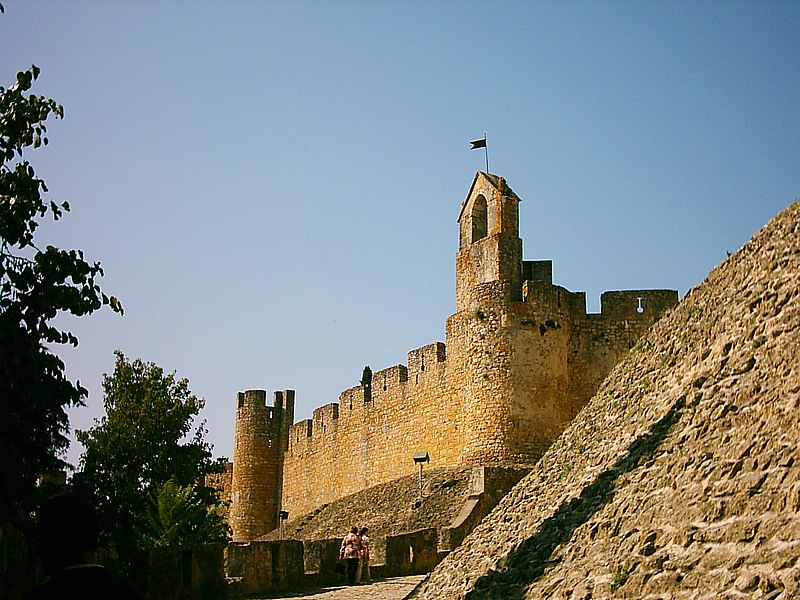 Image:Castelo de Tomar (2).JPG