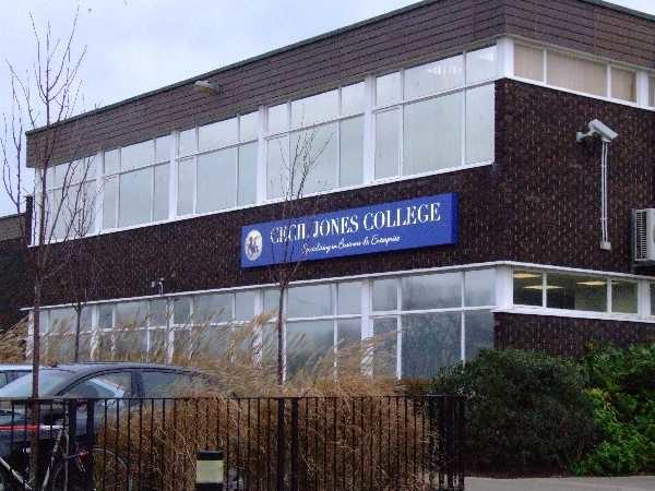 Cecil Jones College - geograph.org.uk - 307915