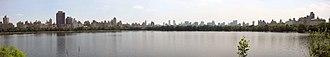 Jacqueline Kennedy Onassis Reservoir - Image: Central Park Reservoir panorama