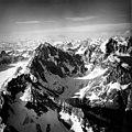 Chakachamna Lake, hanging glaciers and mountain glaciers that feed into Chakachamna Lake, August 25, 1965 (GLACIERS 6920).jpg
