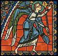 Chartres VITRAIL DE LA VIE DE JÉSUS-CHRIST Motiv 25 sommet de la fenêtre figure de la Sainte Vierge tenant son Fils sur ses genoux.jpg