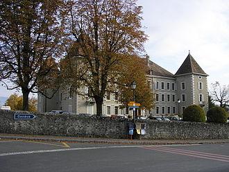 Dardagny -  Dardagny Castle