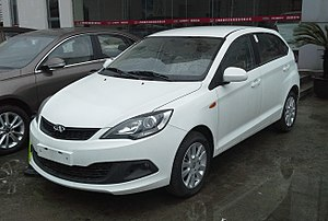Chery A13 - Image: Chery Fulwin 2 hatch facelift China 2015 04 06