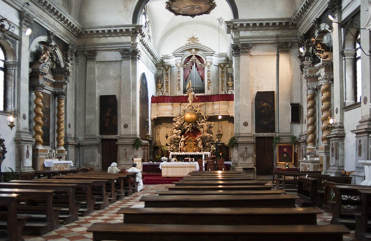File Chiesa Di S Marziale Interno Jpg Wikimedia Commons