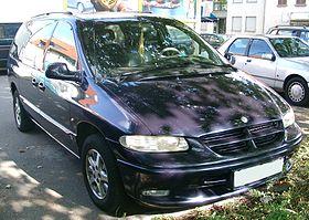 http://upload.wikimedia.org/wikipedia/commons/thumb/d/d7/Chrysler_Grand_Voyager_front_20070914.jpg/280px-Chrysler_Grand_Voyager_front_20070914.jpg