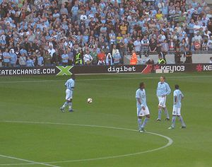 2008–09 Manchester City F.C. season -  Shaun Wright-Phillips, Jô, Dietmar Hamann and Robinho (l-r) prior to the match against Chelsea on 13 September in which Robinho made his debut.