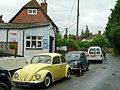 Classic cars at the Brightwell village garage - geograph.org.uk - 921299.jpg