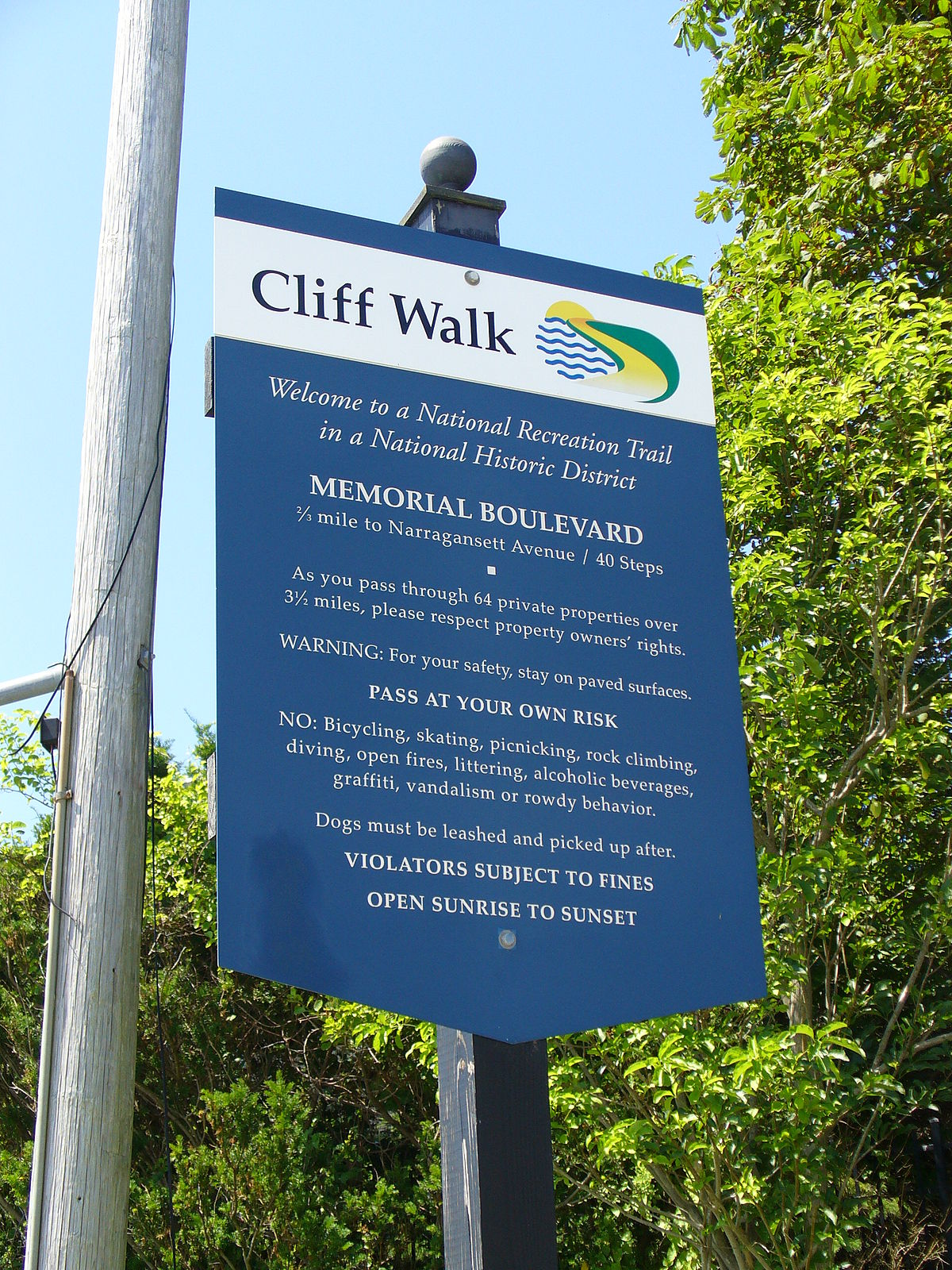 Newport Cliff Walk - Wikipedia