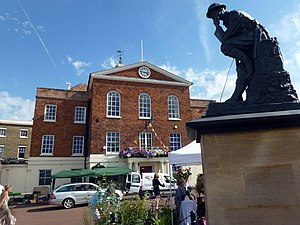 Huntingdon - Old Town Hall and Thinking Soldier War Memorial at Huntingdon Market Square.